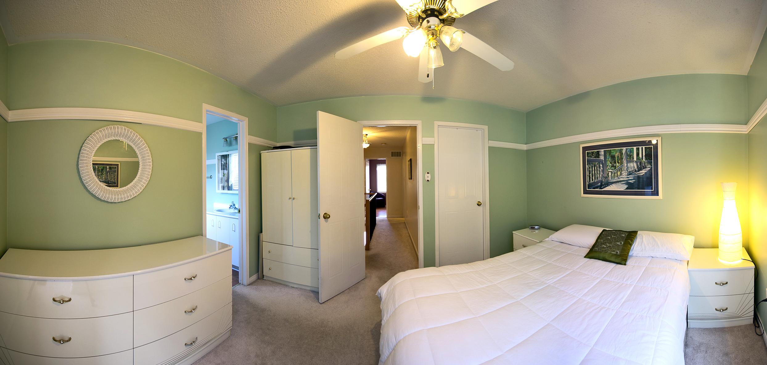 Panoramic View: Real Estate Interior & Exterior Wide Angle