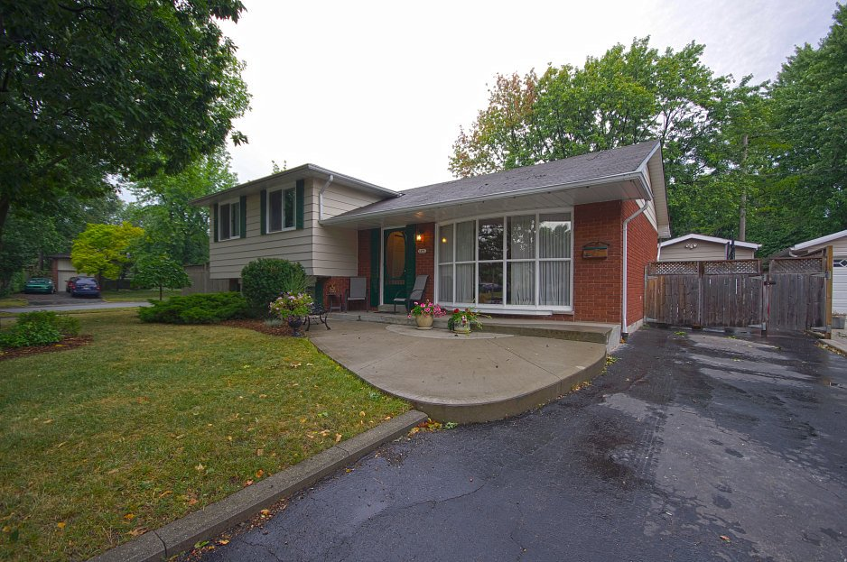 Detached House For Sale 1375 Majestic Dr Burlington Ontario